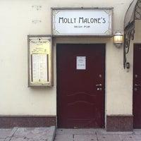 Foto tirada no(a) Molly Malone's por Kirill S. em 4/1/2012