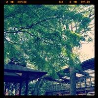 Foto scattata a 等々力不動尊 da Hirotomo S. il 7/29/2012