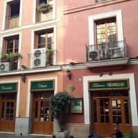 Photo prise au Taberna Coloniales par Malic W. le6/10/2012