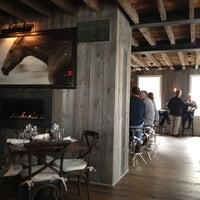 Снимок сделан в The Spotted Horse Tavern пользователем Lindsay D. 4/1/2012