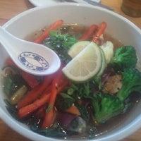 Photo prise au Vita Cafe par Amanda F. le6/17/2012