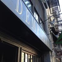 Foto diambil di Dempsey's oleh Lance E. pada 5/11/2012