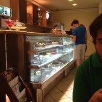 7/15/2012にPriscilla A.がBoca D'água Delicatessenで撮った写真