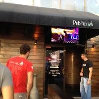 Das Foto wurde bei Pub Fiction von Dat L. am 9/6/2012 aufgenommen