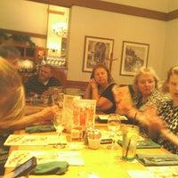 Снимок сделан в Olive Garden пользователем Nick H. 7/22/2012