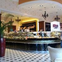 9/4/2012에 Никита И.님이 Круассан-кафе에서 찍은 사진