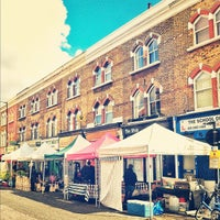 Das Foto wurde bei Chatsworth Road Market von James C. am 4/15/2012 aufgenommen