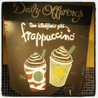 8/23/2012 tarihinde Furkan T.ziyaretçi tarafından Starbucks'de çekilen fotoğraf