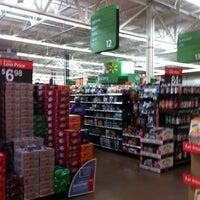 Foto scattata a Walmart Supercenter da Mike F. il 8/5/2012