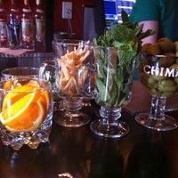 3/17/2012 tarihinde Pi J.ziyaretçi tarafından Franklin Cafe'de çekilen fotoğraf