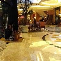 5/30/2012にRomeo I.がJW Marriott Hotel Jakartaで撮った写真