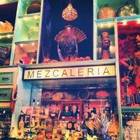 Foto tirada no(a) Casa Mezcal por Cindy T. em 3/11/2012