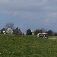 Foto diambil di Bristow Manor Golf Club oleh Daniel B. pada 3/18/2012