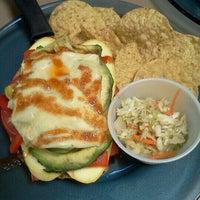 Снимок сделан в Sweet Basil's Cafe пользователем Gretchen H. 5/28/2012