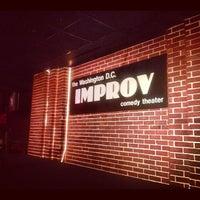 Photo prise au DC Improv Comedy Club par C M. le5/17/2012
