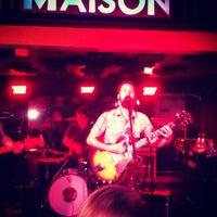 รูปภาพถ่ายที่ Maison โดย James B. เมื่อ 3/11/2012