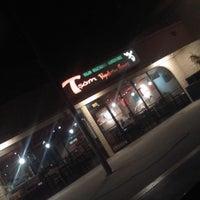 Foto scattata a Tsom Vegetarian Flavors da Johnathon B. il 3/2/2012