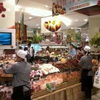 Das Foto wurde bei Gourmet Market von Saran S. am 6/11/2012 aufgenommen