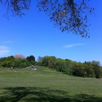 5/19/2012 tarihinde Carlos R.ziyaretçi tarafından Cedarvale Park'de çekilen fotoğraf