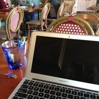 5/14/2012 tarihinde Arman A.ziyaretçi tarafından Taste Baguette'de çekilen fotoğraf