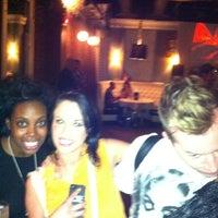 8/16/2012 tarihinde Gio C.ziyaretçi tarafından District Restaurant & Lounge'de çekilen fotoğraf