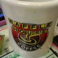 7/27/2012에 Vincent W.님이 Waffle House에서 찍은 사진