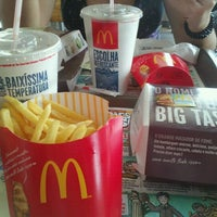 Foto tomada en McDonald's por Francielle S. el 9/12/2012