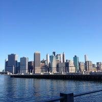 Foto tomada en Brooklyn Bridge Park - Pier 6 por EC G. el 6/24/2012