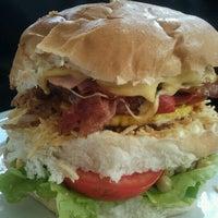 Das Foto wurde bei Santa Coxinha von Andrea W. am 6/14/2012 aufgenommen
