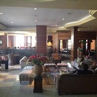 Foto tirada no(a) Hotel Serra Nevada por Rodrigo T. em 7/13/2012