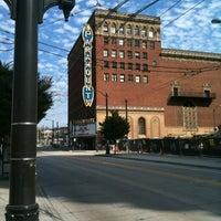 Das Foto wurde bei Paramount Theatre von Mario A. am 9/8/2012 aufgenommen
