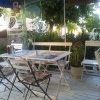 6/18/2012 tarihinde Akın A.ziyaretçi tarafından Pizzacı Altan'de çekilen fotoğraf