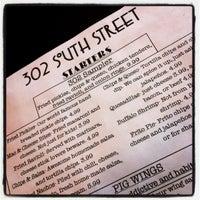 Foto tirada no(a) 302 South Street por Andy P. em 2/12/2012