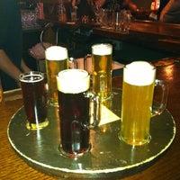 Foto tomada en Black Forest Brew Haus por Holtysgirl el 3/24/2012