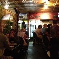 Снимок сделан в Schiro's Cafe & Bar пользователем April B. 5/13/2012