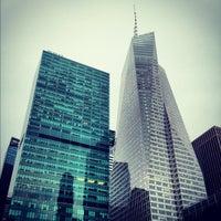 Foto tirada no(a) Bank of America Tower por Billy M. em 7/23/2012