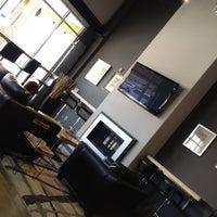 Foto tirada no(a) Cafe Velo por Jeff A. em 6/2/2012