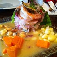 รูปภาพถ่ายที่ Sazón - Peruvian Cuisine โดย Chester N. เมื่อ 8/4/2012