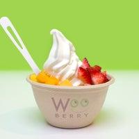 7/27/2012에 WOO C.님이 Wooberry Frozen Yogurt에서 찍은 사진