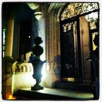 5/23/2012에 Jenifer R.님이 Crown에서 찍은 사진
