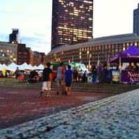 Снимок сделан в City Hall Plaza пользователем Sousou B. 8/17/2012