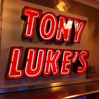 Foto scattata a Tony Luke's da Tom M. il 7/21/2012