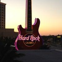 Das Foto wurde bei Hard Rock Hotel & Casino Biloxi von Sara W. am 3/16/2012 aufgenommen