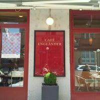 4/18/2012 tarihinde Andrea C.ziyaretçi tarafından Cafe Engländer'de çekilen fotoğraf