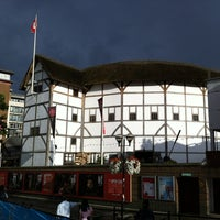 Foto tirada no(a) Shakespeare's Globe Theatre por Ilnur M. em 7/29/2012