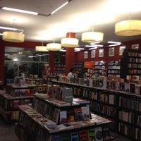 Foto tirada no(a) Librería El Virrey por Luis P. em 5/11/2012