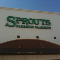 Photo taken at Sprouts Farmers Market by Tammy W. on 7/16/2012