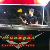 Foto diambil di Huangus Burger oleh Jorge G. pada 6/12/2012
