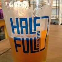 9/8/2012에 Sam M.님이 Half Full Brewery에서 찍은 사진