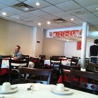 Foto tirada no(a) 456 Shanghai Cuisine por Andy D. em 5/1/2012